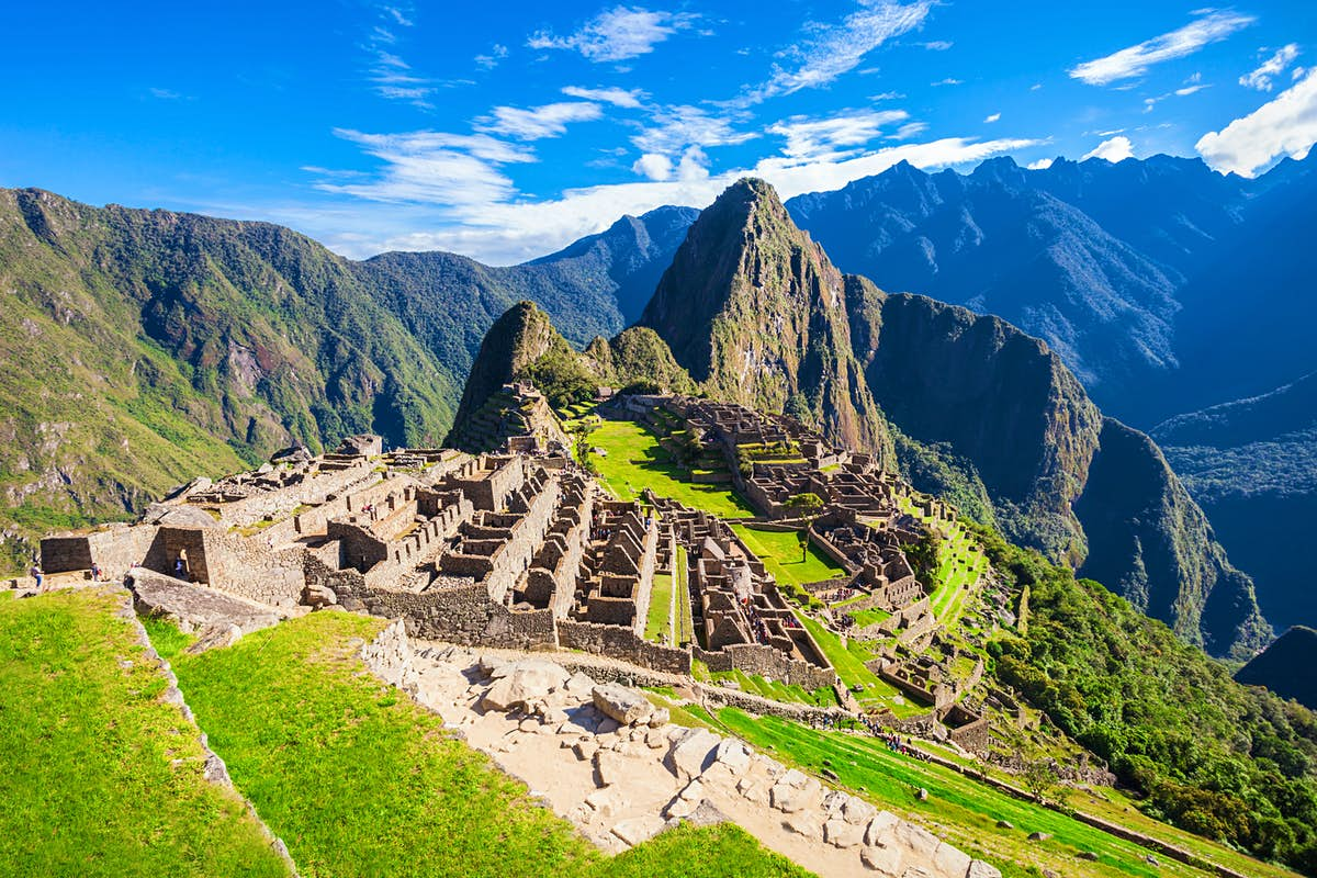 Peru deports tourists accused of damaging Machu Picchu